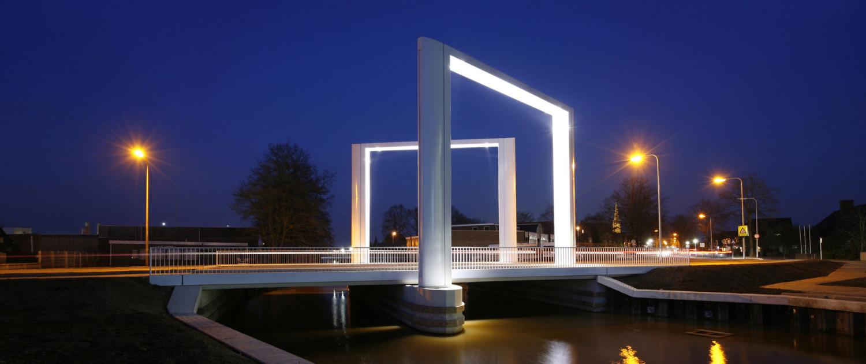 Dolderbrug Steenwijk, simpel, modern maar iconisch brugontwerp door ipv Delft