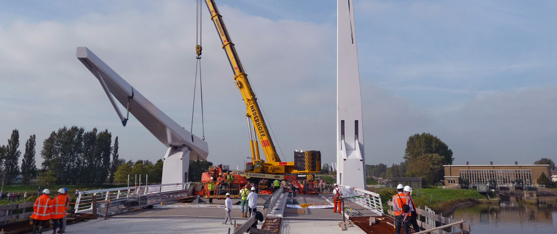 bouw beweegbare brug Hollandse Ijssel N207