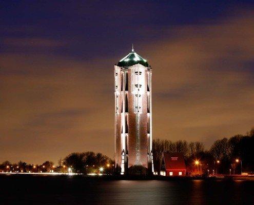 verlichting monumentale Watertoren Aalsmeer geraamte van spotlights