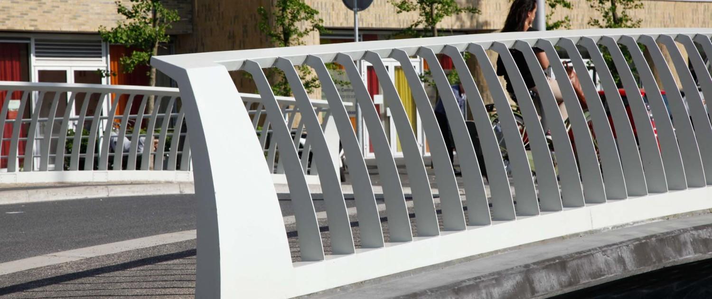 brug Laan van Spartaan Amsterdam hekwerk, brugontwerp door ipv Delft