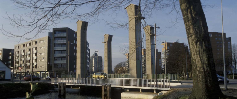 monumentale Welgelegenbrug Apeldoorn zichtbare landhoofden pijlervoeten en stalen constructie