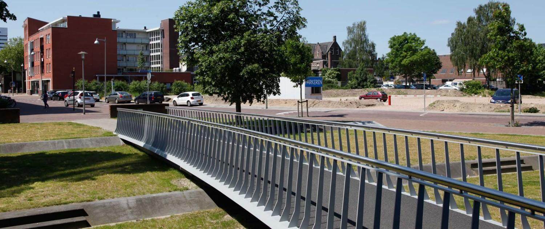 voetgangersbrug Koningshaven Apeldoorn comfortabele helling