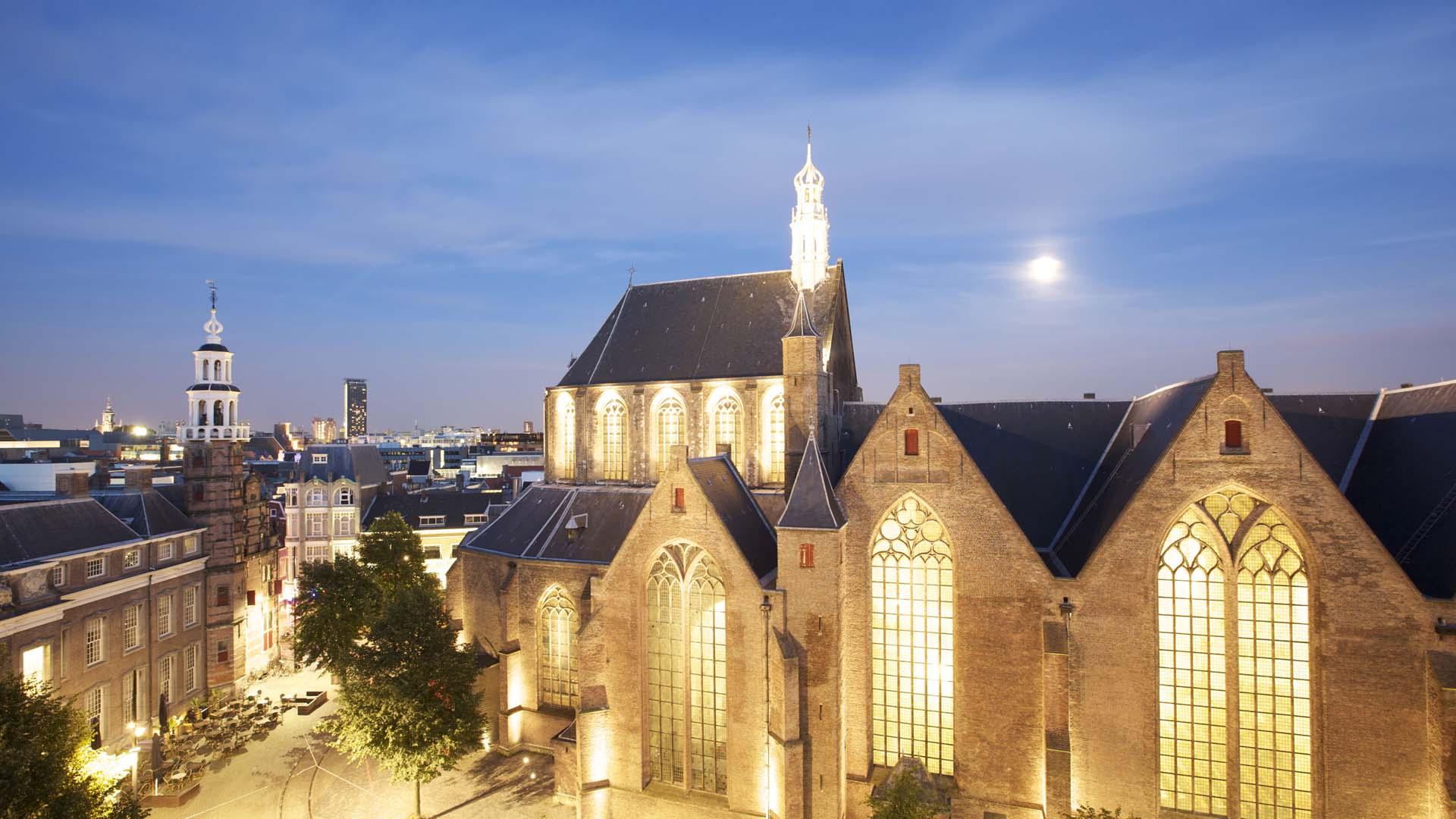 aanlichting Grote Kerk Den Haag - ipv Delft creatieve ingenieurs