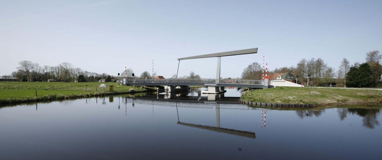 beweegbare ophaalbrug Gorredijk duidelijk zichtbare hamei