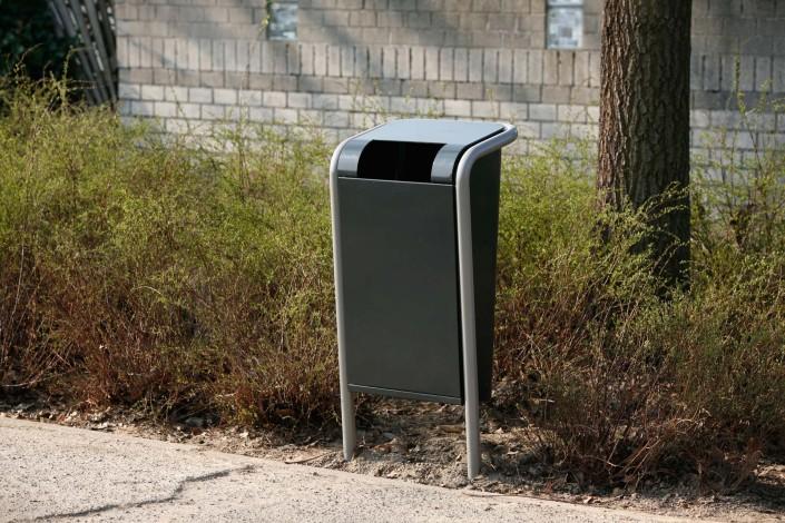 afvalbak Falco Linea logisch ontwerp integrale stalen staander