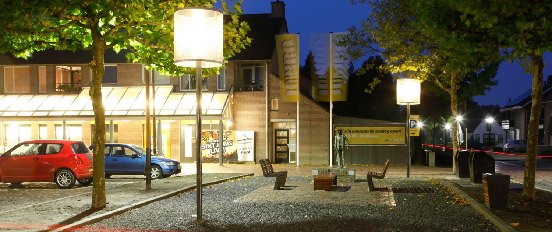 straatmeubilair warme huiskamer sfeer, moderne en warme stijl, lichtontwerp door ipv Delft
