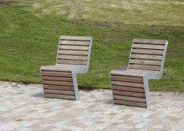 buitenstoel met mooie lijnen en goede zit, slank ontwerp, hout, ontwerp door ipv Delft