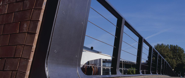 Buitengracht Deventer subtiele opstaande rand, brugontwerp door ipv Delft