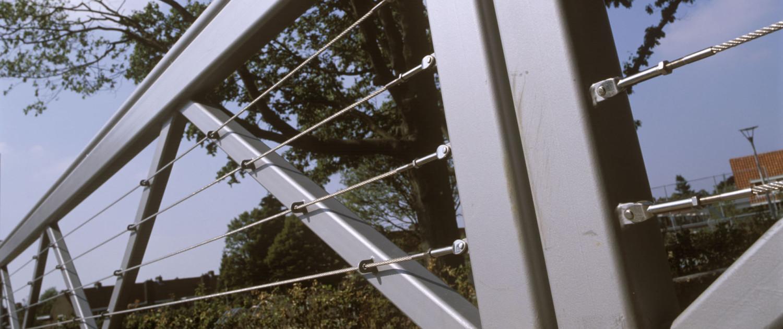 vakwerkbrug Limos Nijmegen, detail van hekwerk brugontwerp door ipv Delft