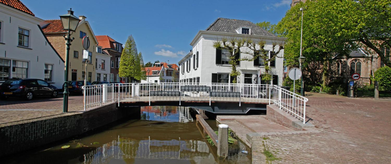 renovatie doelstraatbrug verticaal spijlenhekwerk, renovatie bruggen Midden Delfland