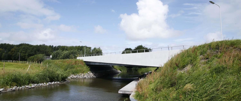 nieuwe verkeersbrug Vrouwbuurtstermolen Vrouwenparochie