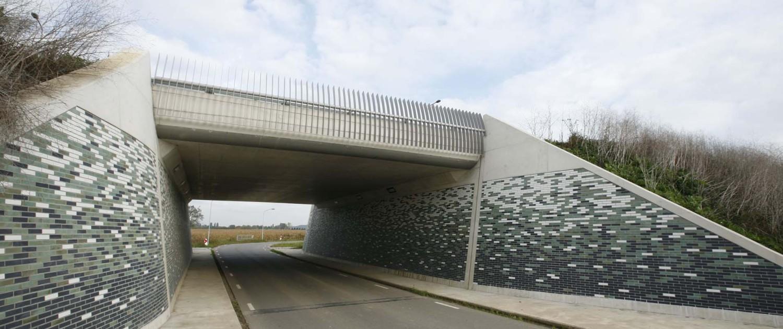 brug en onderdoorgang N837 over de Eldensche Zeeg en onderdoorgang voor lokaal verkeer en fietsers aan Uilenburgsestraat