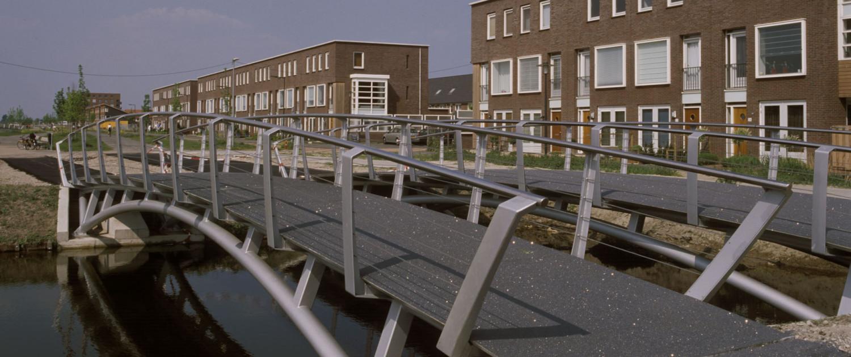 brug Rietveldpark Rotterdam, brug in woonwijk, brugontwerp door ipv Delft