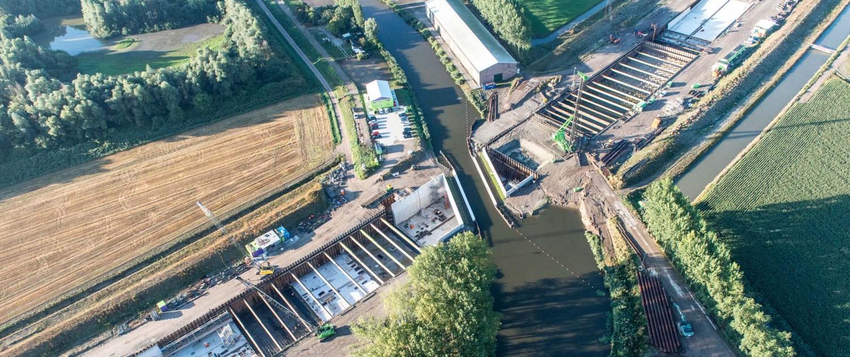 aquaduct Steenbergen geopend voor scheepvaart