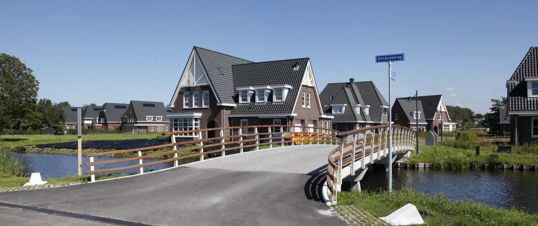 Amstelveen toegangsbrug Park Meerlanden prefab betonliggers