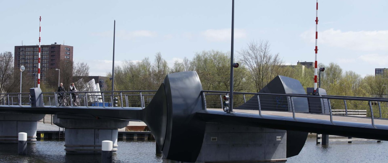 basculebrug Kadoelenbrug Amsterdam samenval contragewicht en randligger