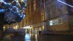 verlichting nachtentree station Amsterdam CS
