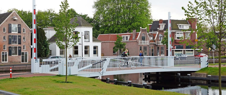 fiets- voetgangersbrug Willem III in Assen, brugontwerp door ipv Delft