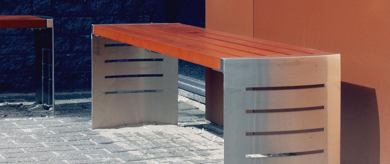 buitenstijl Delftech Park hightech sfeervol ecologisch ontwerp uitstraling rvs panelen