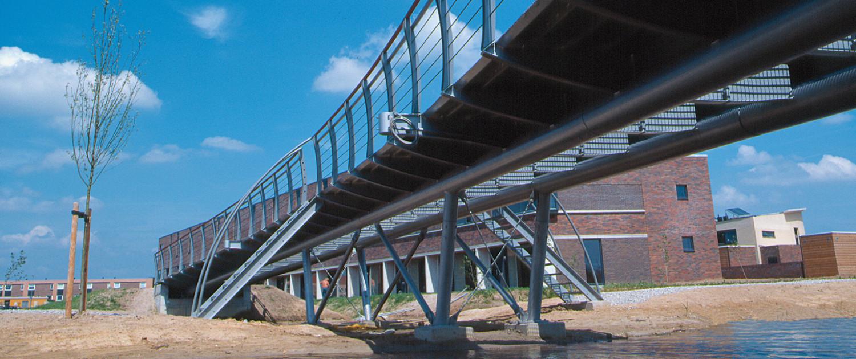 bruggenarchitectuur Het Jeurlink Deventer trappen vriendelijk karakter landelijke sfeer