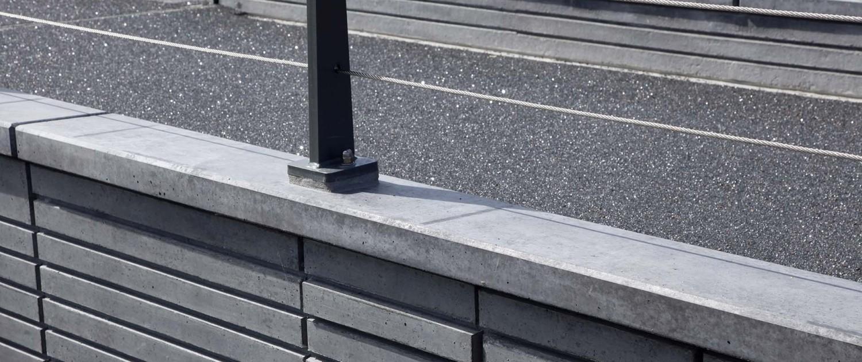 unieke metselwerkranden, verkeersbrug Maasland, Kralingerpad, detail van hekwerk, brugontwerp ipv Delft