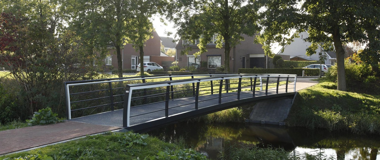 staal brugontwerp voetgangersbrug Mannee Goes met composiet dek