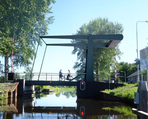 De Hollandse Brug standaard beweegbare brug, vaarbrug met stoplicht