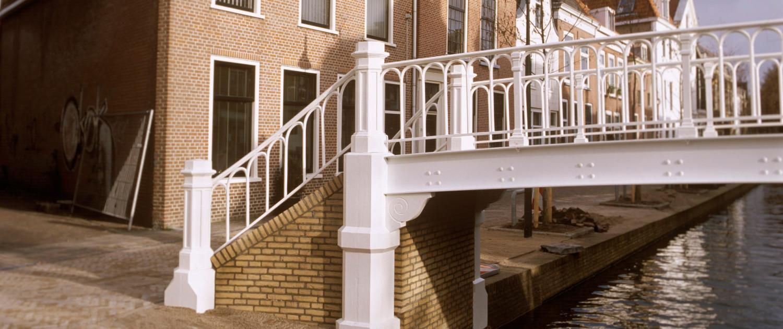 renovatie van antieke hopbrug, Delft