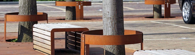 roestkleurige boomroosters , ontwerp door ipv Delft, inrichting van openbare ruimte