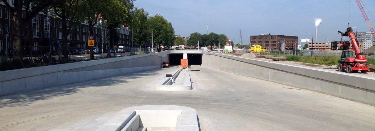 projectrealisatie Spaarndammertunnel Amsterdam wegovergang snelverkeer
