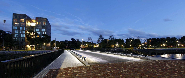 verlichting van brug Heysehaven, lichtontwerp door ipv Delft