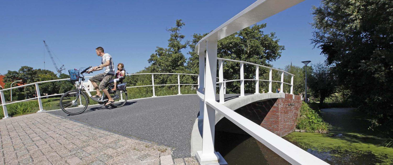 gerenoveerde verkeersbrug Maasland, vernieuwing van Kluisheulbrug, brugontwerp door ipv Delft