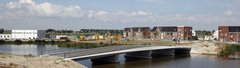 brugontwerp beton rvs autobrug fietsbrug voetgangersbrug