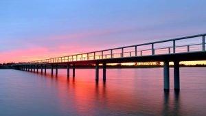 Overstroom brug dijk Vreugderijkerwaard voetgangersbrug inventief constructieframe
