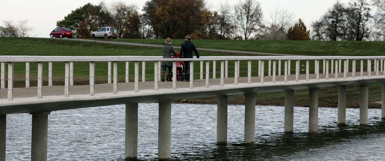 Overstroom brug dijk Zwolle projectrealisatie creatief natuurlijk duurzaam