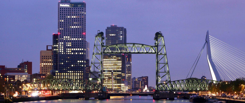 Lichtarchitectuur Koningshavenbrug (De Hef) Rotterdam ipvDelft