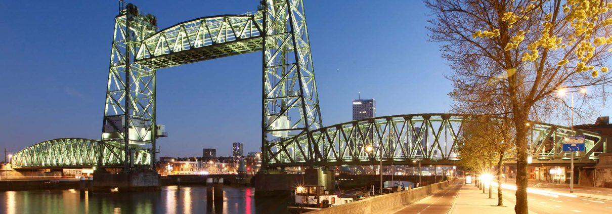 verlichting beweegbare brug Rotterdam De Hef, lichtarchitectuur brug door ipv Delft