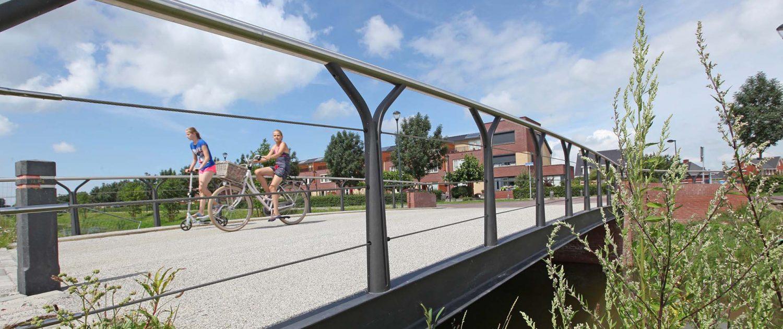 verkeersbrug, woonwijk, Het Onderdijks Kampen, ipvDelft, gegoten baluster