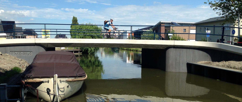 betonnen brug, balusters Den Hoorn, brugontwerp Stakenbrug ipvDelft