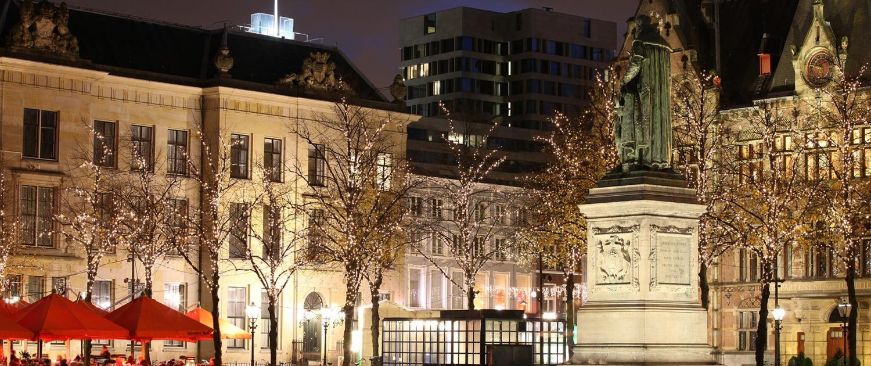 aanlichten monumenten Plein Den Haag, lichtarchitectuur door ipv Delft