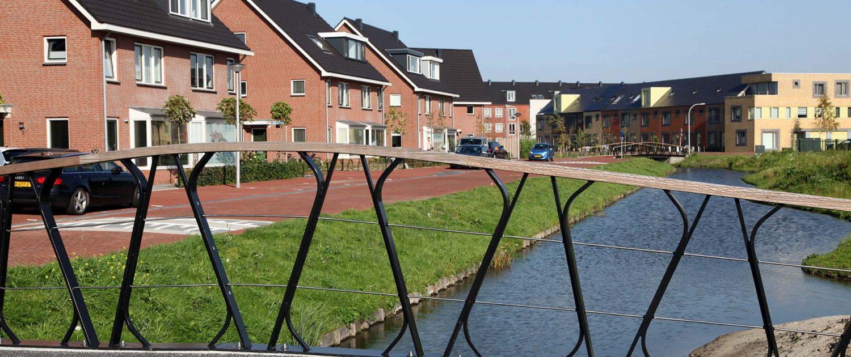 betonnen verkeersbrug, Boszoom, Pijnacker, modern romantisch ontwerp door ipvDelft
