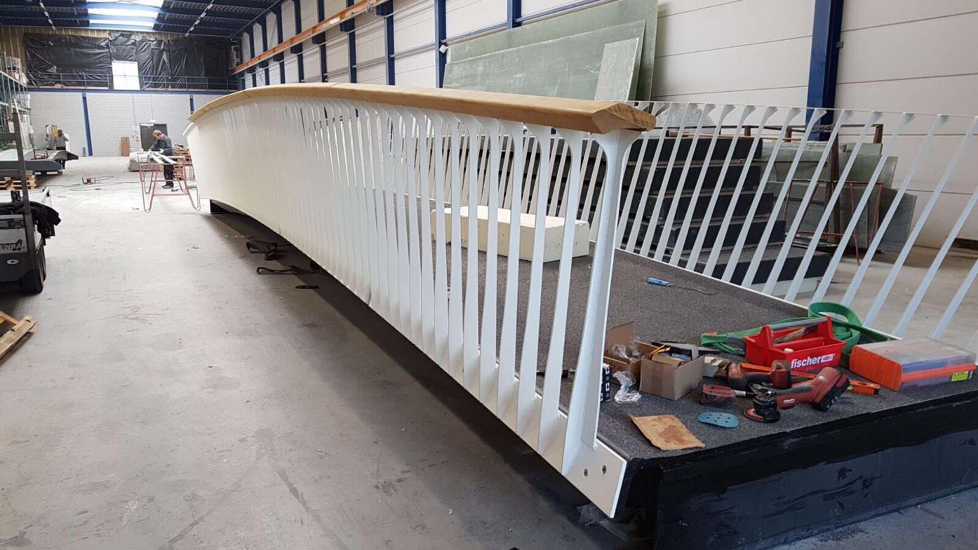composiet bruggen staal hekwerk