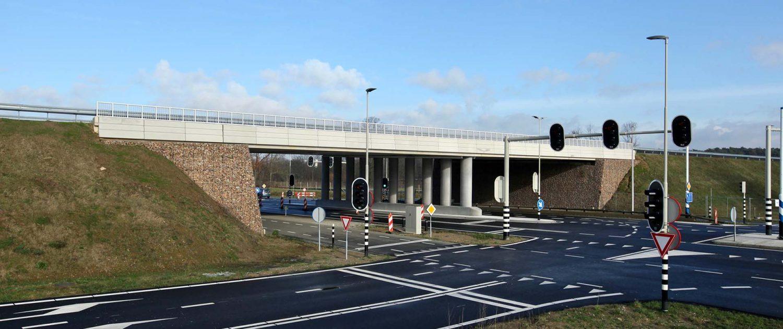 verkeersbrug buitenring ipvDelft, viaduct brugontwerp door ipvDelft