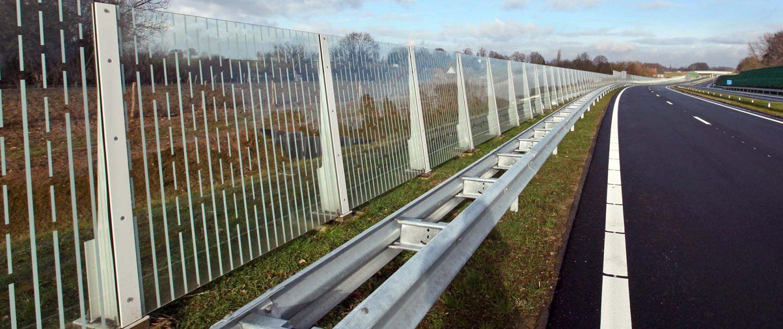 glazen geluidsscherm Buitenring Parkstad Limburg, ontwerp door ipvDelft