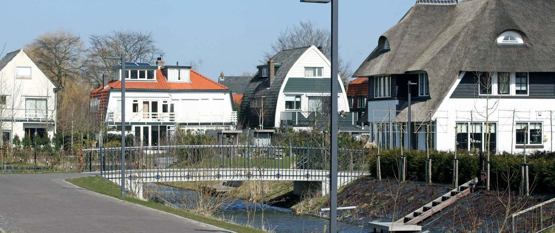 brughekwerk en lichtmasten Haringbuys Aerdenhout ipv Delft