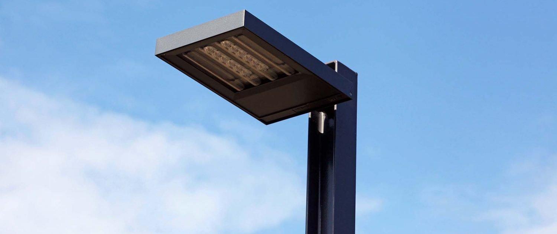stalen lichtmast strak simplistisch armatuur verlichting ipv Delft