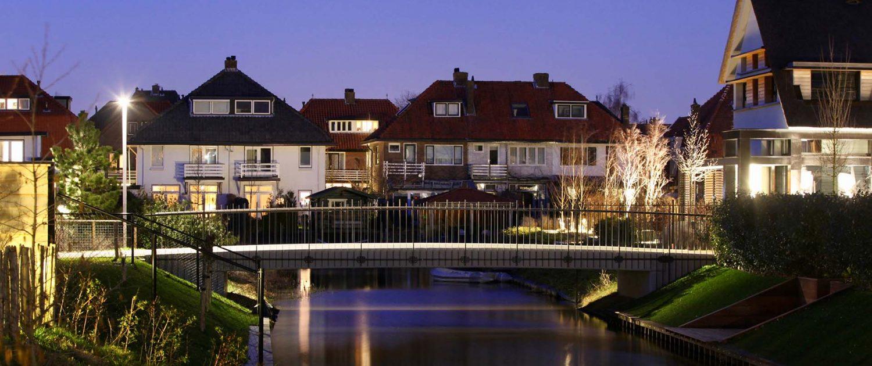 bruggen en verlichting Haringbuys ontwerp ipvDelft, lichtarchitectuur en brugarchitectuur in Bloemendaal
