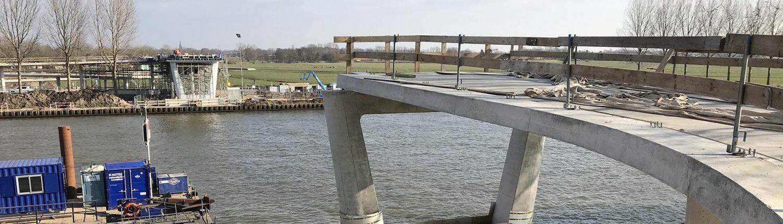 insitu beton aanbrug oplegging brug Nigtevecht ipv Delft