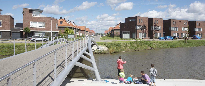 stalen brug visplaats Schoenmakerspark EttenLeur ipv Delft