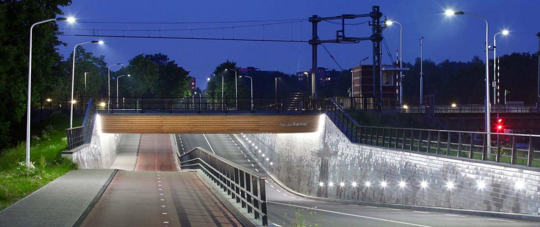 spooronderdoorgang Kanaalweg Leiden met lichtarchitectuur door ipv Delft